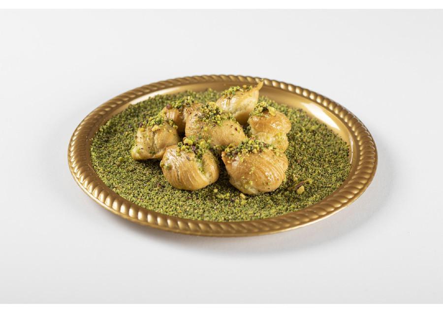 التوصيل من حلويات سنبلة الروضة في الخليج   هنقرستيشن